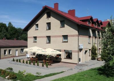 Hotele w Wilnie- Amicus hotel terasa
